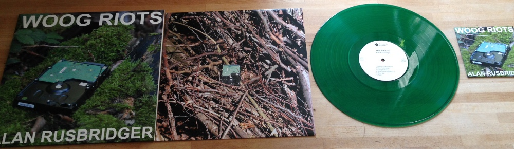 Alan Rusbridger on green Vinyl